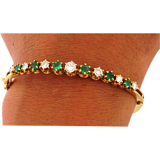 Vintage 7 Diamond 6 Emerald 14k Yellow Gold Bangle Bracelet
