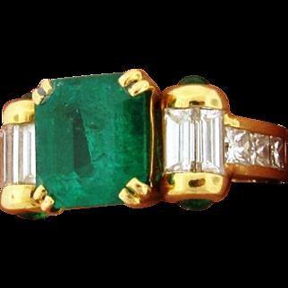 Stunning French Columbian Emerald 3.50 Carats F1 GIA  Diamonds 18k Gold Ring