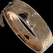 Vintage Solid 9 ct. Gold Bangle Bracelet