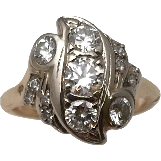 Great 1930-40s Ring with 1.56 Ct TW Sparkling Diamonds in 14 Kt Gold