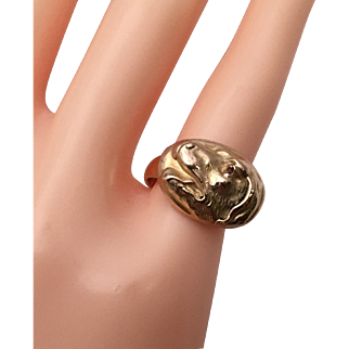 Finely Carved Dog Head Ring in 14 kt. Gold with Ruby Eye