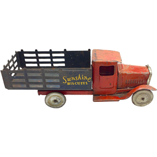Vintage Metalcraft Pressed Steel Sunshine Biscuit Truck c. 1930's