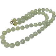 Beautiful Vintage 14K Gold with Hand Knotted Celadon Mutton Fat Jade Bead Necklace