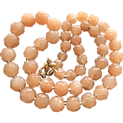 Vintage Chinese Carved Peach Rock Crystal Graduated Beaded Necklace