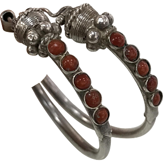 Vintage Native American Navajo Sterling Silver Natural Red Coral Earnings