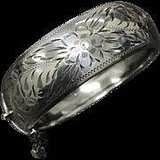 Vintage Hand Engraved Sterling Silver Oval Shape Hinged Bangle Bracelet Signed J.S