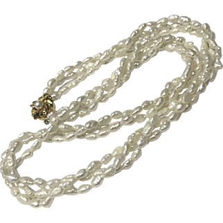 Natural Three Strands Baroque Seed Pearl with Gold Plate Fancy Clasp Necklace