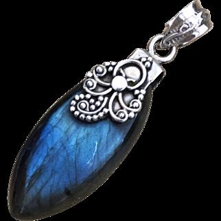 Vintage Sterling Silver Natural Blue Labradorite Pendant