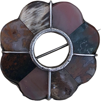 Victorian Scottish 800 Silver and Agate Pin Brooch