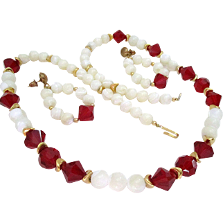 Mother of Pearl Pure White Beads and Ruby Red Bicone Beads Necklace Earring Set Vintage