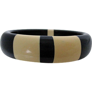Black and Tan Plastic Laminated Bangle Vintage