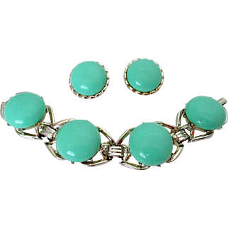 Mint Green Large Round Plastic Cabs Bracelet and Earrings Set Vintage