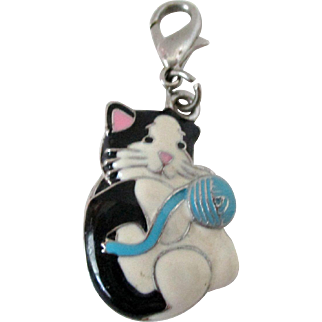 Puffy Black and White Enamel Kitten with Ball of Yarn Charm Vintage