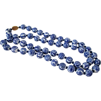 Chinese Export Blue and White Porcelain Beads Necklace Vintage