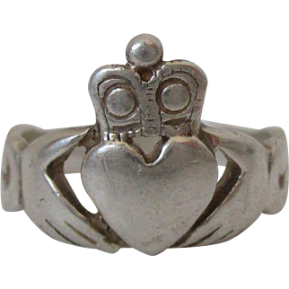 Traditional Irish Claddagh Ring Sterling Silver Size 9 1/2 Vintage