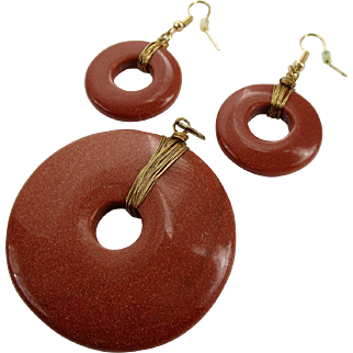 Goldstone Wire Wrapped Round Shaped Pendant Earrings Vintage