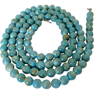 Robin's Egg Blue White Speckled Glass Beads Necklace Vintage