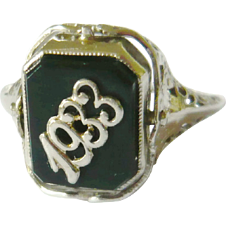 Art Deco 14kt Gold 1933 Date Ring with Cameo Flip