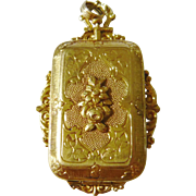 Early Victorian 18kt Gold Locket with Sprung Clasp