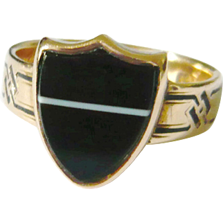 Victorian 15kt Gold Banded Onyx Shield Memorial Ring
