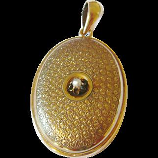 Vintage Large 14kt Gold Locket with Pearl
