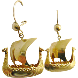 Vintage 14ct Gold Ship Earrings
