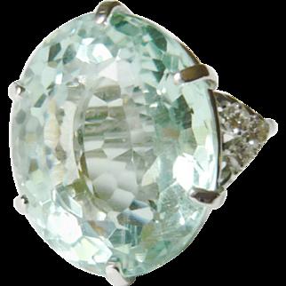 Large 39.35ct Natural Green Beryl & Diamond Ring