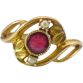 Victorian doublet and seed pearl 14KT gold ring