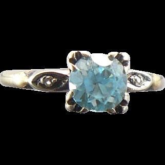 Vintage 14kt blue Zircon and diamond ring