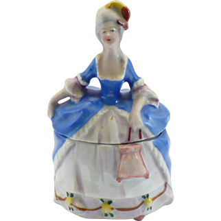 Vintage Dresser doll 4 inches tall
