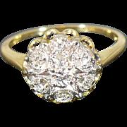 Vintage diamond cluster ring in 14 Karat gold