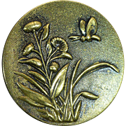Antique TW&W garden picture button