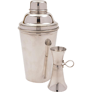 Art Deco Cocktail Shaker With Measure, Circa 1930