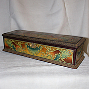 France circa 1900 : Beautiful  glove box  covered with lithographed decor on metal.