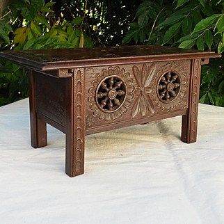 A charming Breton small bench or table trunk for dollhouse.Circa 1930