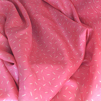 France 1930 : 2 pretty pieces of bright pink silk with a white pattern ,2,84 yards long for one and 2,73 yards for the second by 21,5 inches wide.