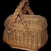 France 1900s:lovely little Norman wicker basket for dolls.
