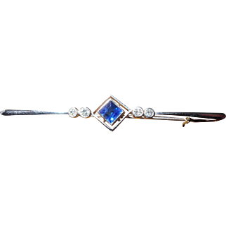 Early 20th Century sapphire and diamond brooch tests as 15ct gold