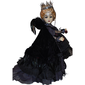 "Fabulous 21"" *Queen Ravenna* OAK Doll"