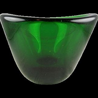 Hadeland Willy Johansson Deep Green Studio Art Glass Vase or Bowl Signed 1955 Mid-Century Modern Scandinavian