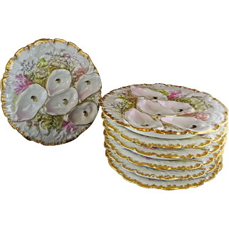 Seven Haviland Limoges Porcelain Sea Life Oyster Plates with Gold Trim