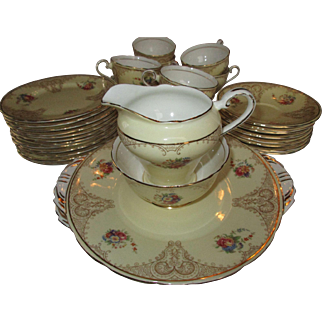 Aynsley English Bone China Tea Set Pale Yellow and Gold ~ 36 pieces