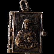 French Souvenir Photos Pendant / Book Sacred Heart c.1910