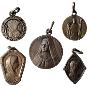 Lot of 5 French religious medals from 1920's (St Benedict, St Lucien, St Theresa of Lisieux, St Bernadette of Lourdes / Mary)