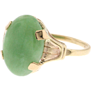 Vintage 10k Yellow Gold Solitaire Jade Ring