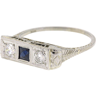 Art Deco Filigree Sapphire & Diamond 18k White Gold Ring