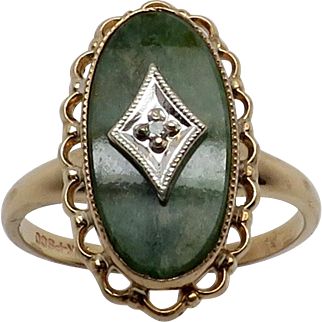 Vintage New 10K YG Oval Jade Ring with Diamond Center