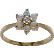 Beautiful 10K Vintage New Opal & Diamond Cluster Ring