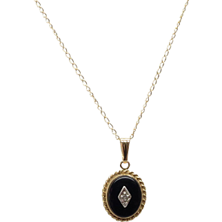 Classic Black Onyx & Diamond 14K Yellow Gold Necklace