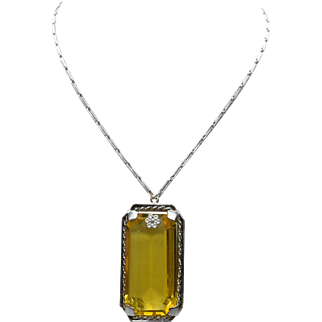 "Vintage 21"" Large Faceted Glass Simulated Rectangular Topaz  Necklace with Flower Accent"